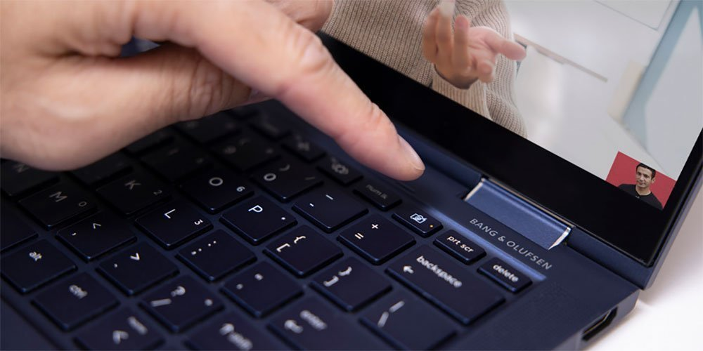 通过按下HP笔记本电脑键盘上的关闭快门按钮来阻止网络摄像头