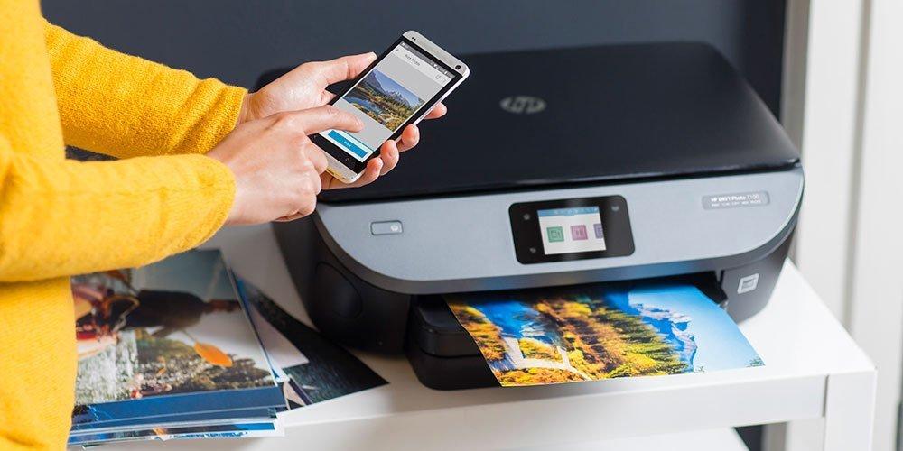 使用连接到WiFi的HP Envy打印机应用程序在HP Envy打印机上远程打印照片